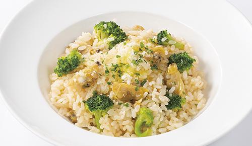 Oil Sauce Risotto with Clam & Broccoli