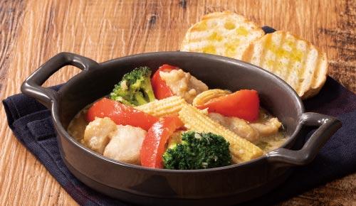 グリル野菜とチキンのバーニャカウダ風